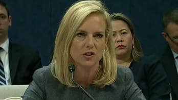 Homeland Security Secretary Kirstjen Nielsen renews threat to prosecute 'caravan' of border-crossers; former ICE agent David Ward reacts on 'Your World.'