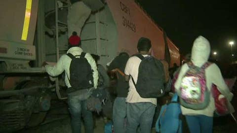 Caravan of illegal immigrants bypasses asylum in Mexico