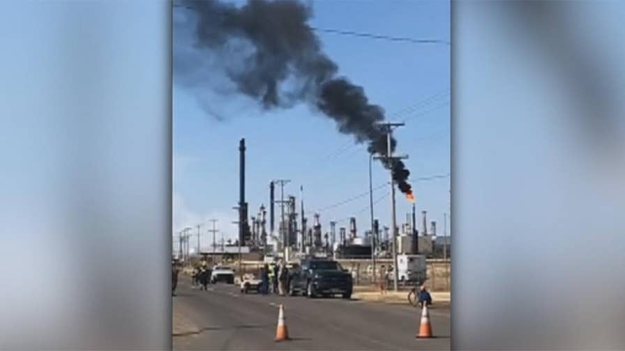 Raw video: Emergency officials on scene after blast at Husky Energy oil refinery.