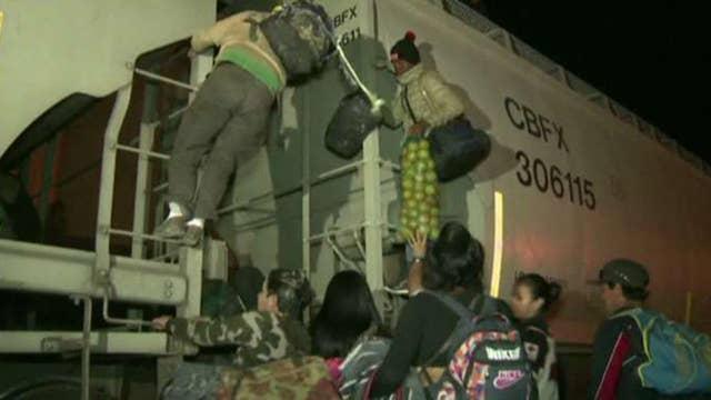 Border Patrol agent talks migrant caravan, asylum claims