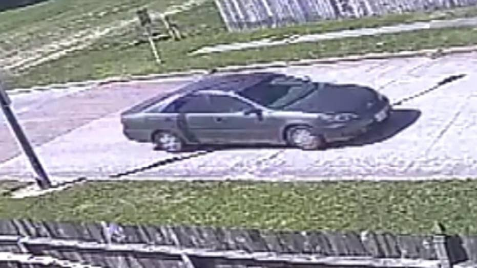 Suspect wanted in attempted Harris County abductions