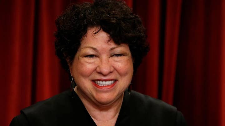 Justice Sonja Sotomayor to undergo shoulder surgery