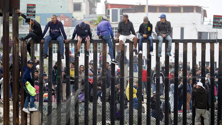 U.S. officials turn away majority of migrant caravan and cite border is at capacity. William La Jeunesse reports from Calexico.