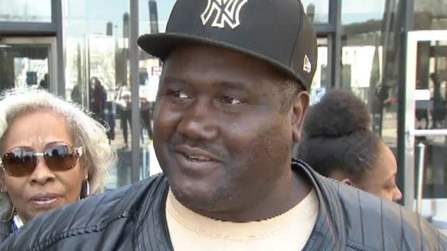 Man cleared of murder charges after 22 years behind bars