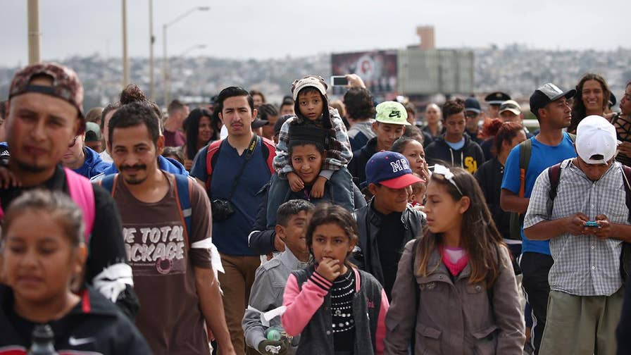 Border Patrol agent says migrants at the border do not look like asylum seekers.