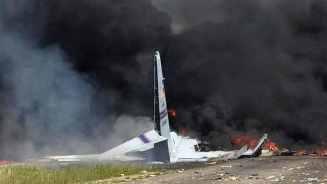 At least 5 killed in military cargo plane crash
