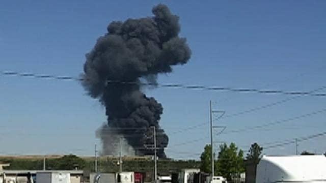 Raw video: Military plane crashes in Georgia