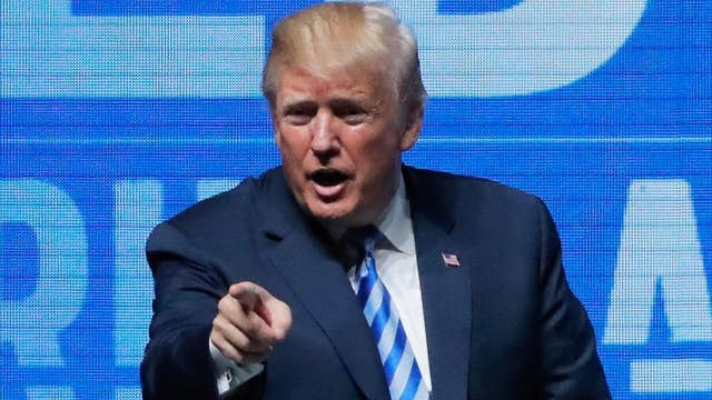 President Trump fires up crowd at NRA Convention