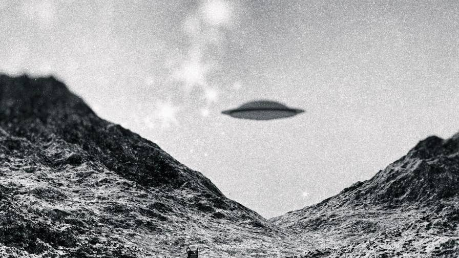 Previously unseen documents reveal how officials at the U.K.'s Ministry of Defence handled the 'UFO mania' of the late 1990s.