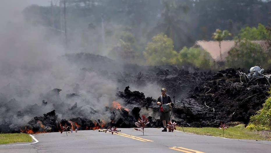 Homes destroyed as Hawaii's Kilauea volcano erupts