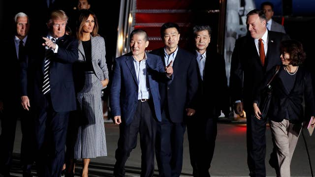 American detainees gain freedom from North Korea