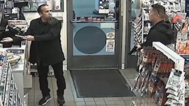 Off-duty cop draws gun on man buying Mentos at gas station