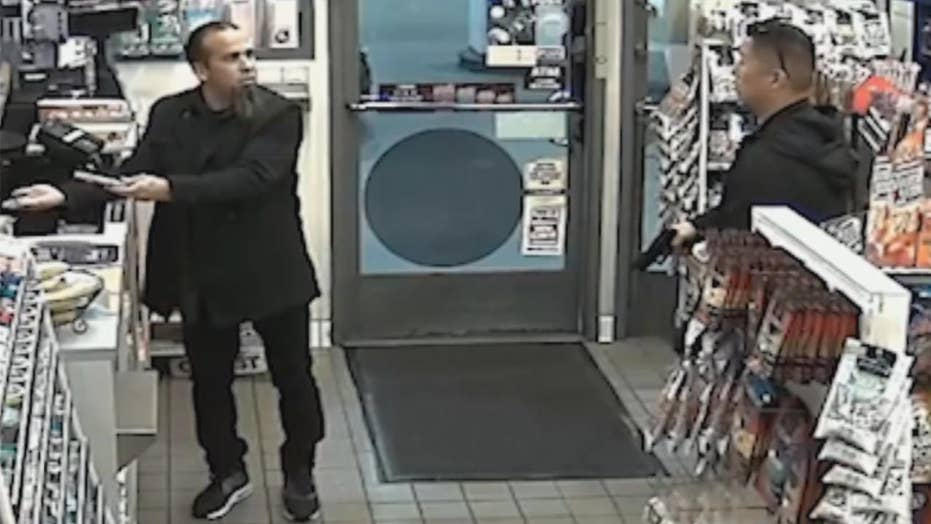 Off-duty cop draws gun on man buying Mentos at gas station