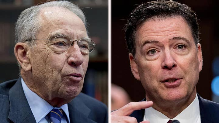 Grassley calls out Comey in letter to intelligence officials