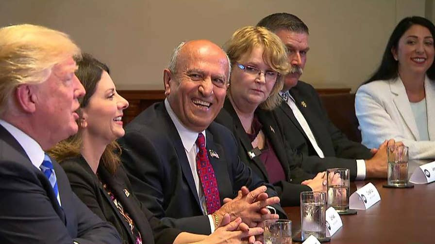 : President Trump hosts roundtable with mayors who have opted out of California's policies on illegal immigration; Hillary Vaughn reports.