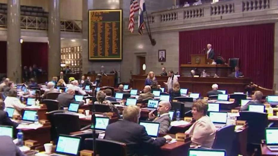 Democrats hope to capitalize on GOP disarray in Missouri