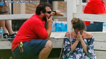Emotional students and parent recount the Texas school shooting.