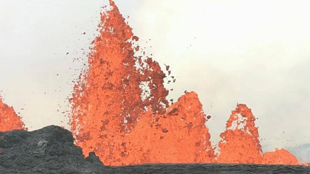Hawaii authorities warn of chemical reaction when lava hits seawater