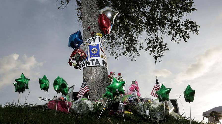 Governor Greg Abbott mandated a moment of silence honoring the 10 lives cut short at Santa Fe High School; Casey Stegall reports.