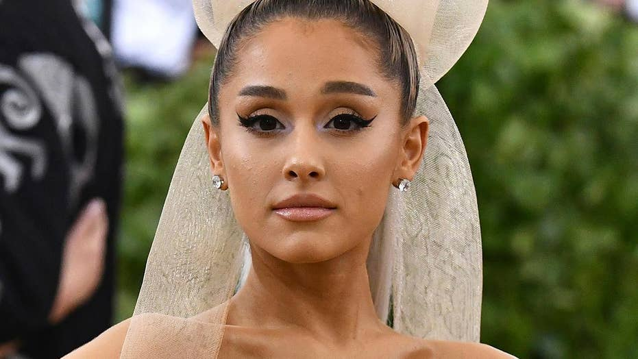Ariana Grande pays tribute to Manchester bombing victims