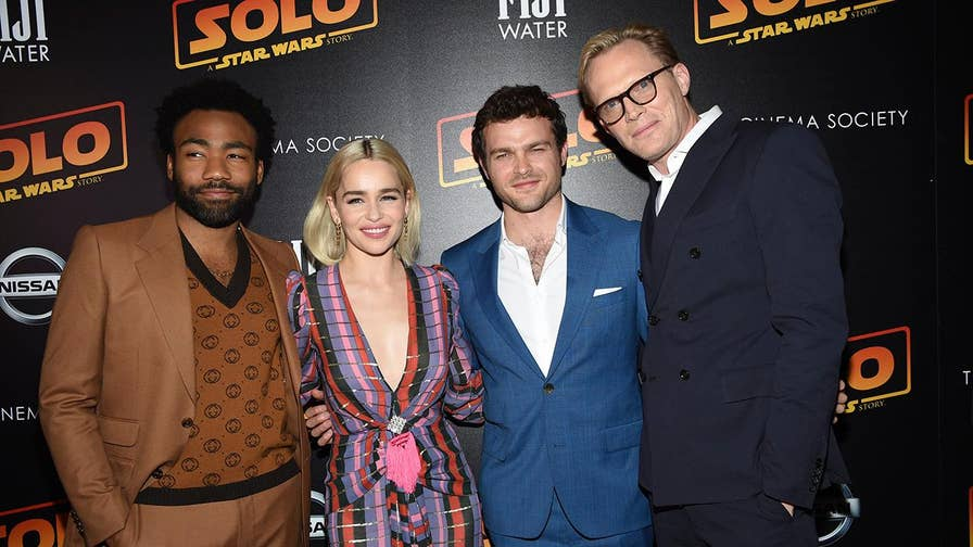 """The cast of 'Solo: A Star Wars Story' sits down with Fox News' Michael Tammero to talk about the epic Han Solo origin story and who would be better at """"beer pong,"""" Han Solo or Lando?"""