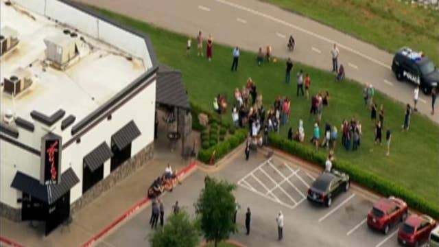 Raw video: Police respond to shooting at Oklahoma restaurant
