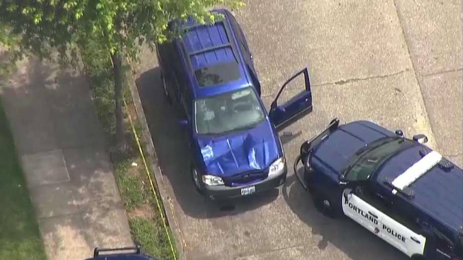 Cops: SUV drives onto sidewalk, at least 3 hurt in Oregon