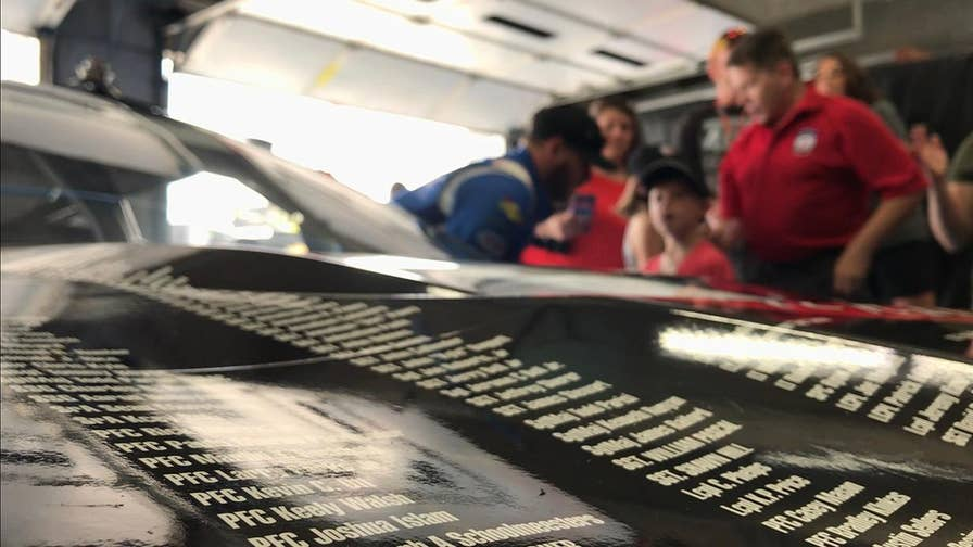 During the Memorial Day Weekend NASCAR driver Jeffrey Earnhardt, the grandson of the legendary Dale Earnhardt, honored fallen servicemembers in more ways than one.