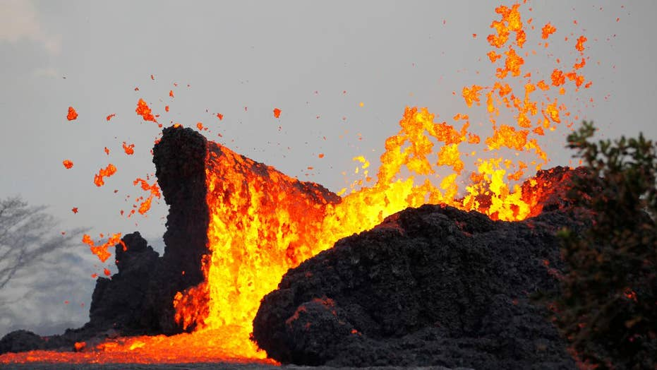 Fast-moving lava catches residents off-guard in Hawaii