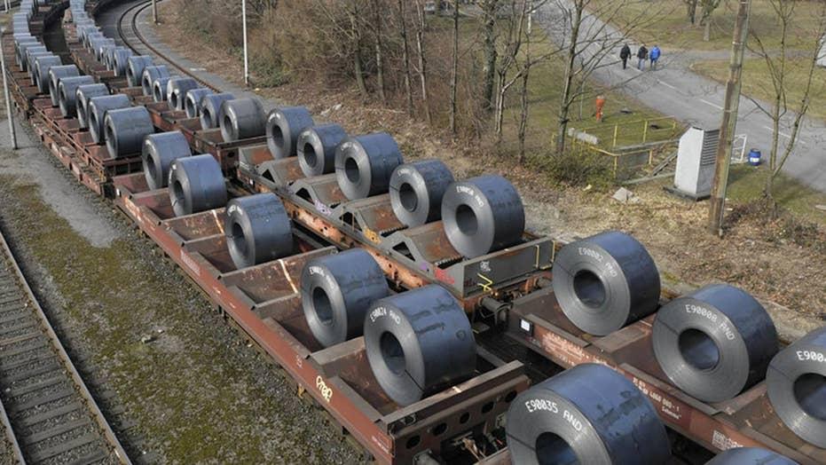 White House follows through on steel, aluminum tariffs