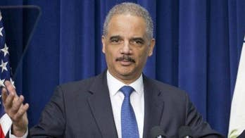 Speaking in New Hampshire, former Attorney General Eric Holder says his decision about 2020 will come in early 2019; Peter Doocy reports.