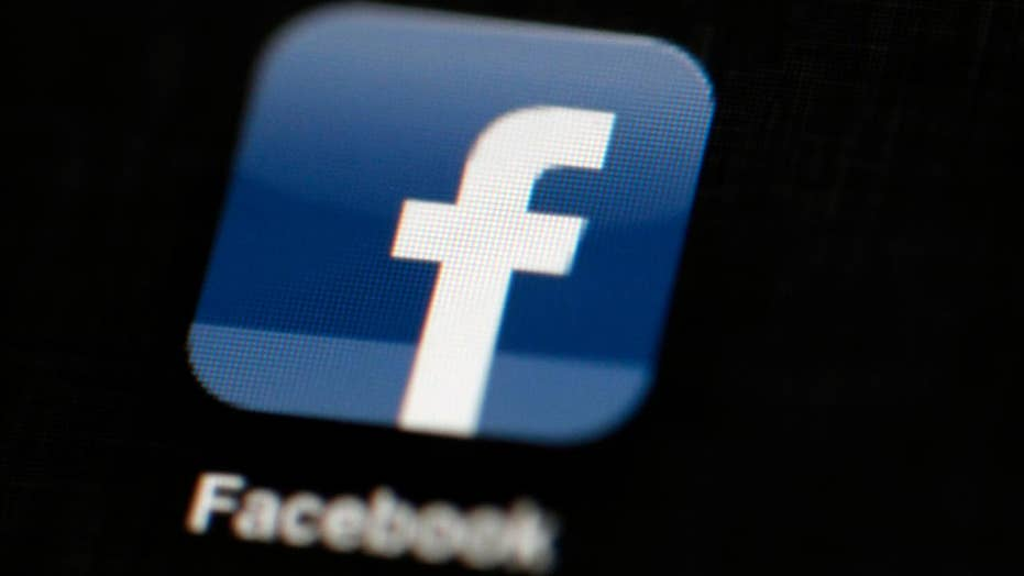 Report: Facebook allowed device makers to access user info
