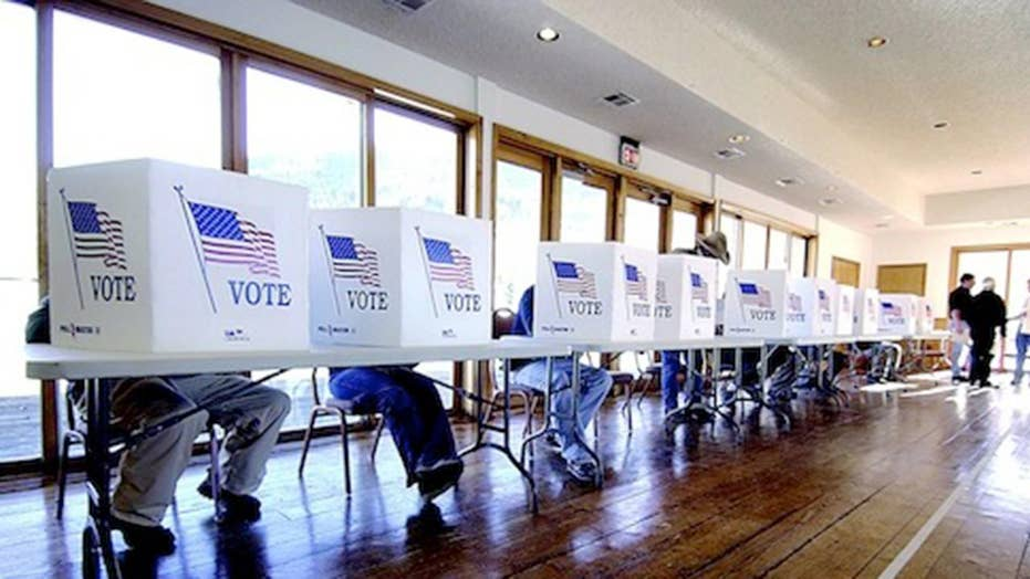 Democrats seek to avoid disaster in California primary