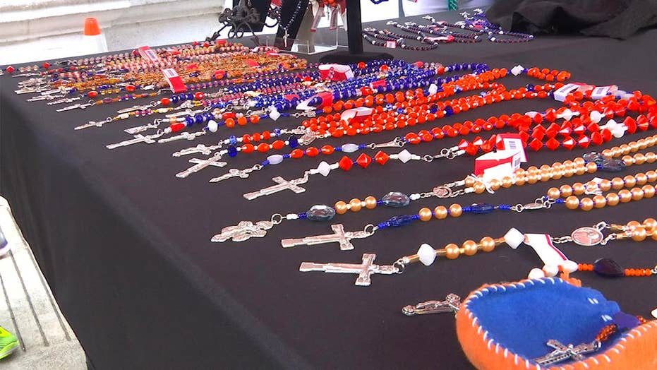 Houston church raises funds with Astros rosaries
