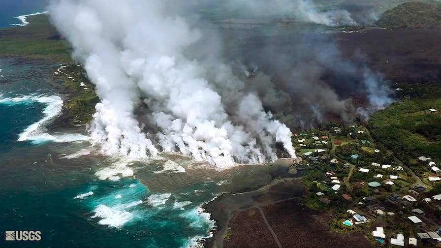 Volcanic eruption's flow continues to devour land on the Big Island of Hawaii. Jeff Paul reports on the reaction from authorities and residents.