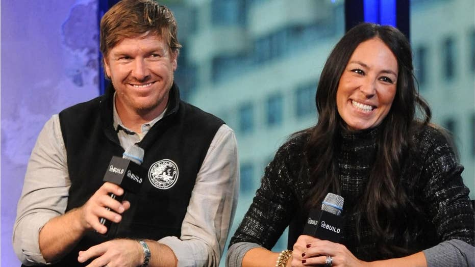 'Fixer Upper' stars Chip and Joanna Gaines fined by EPA