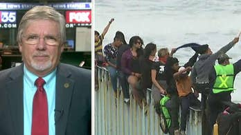 Former ICE agent David Ward weighs in on what will help border patrol agents.