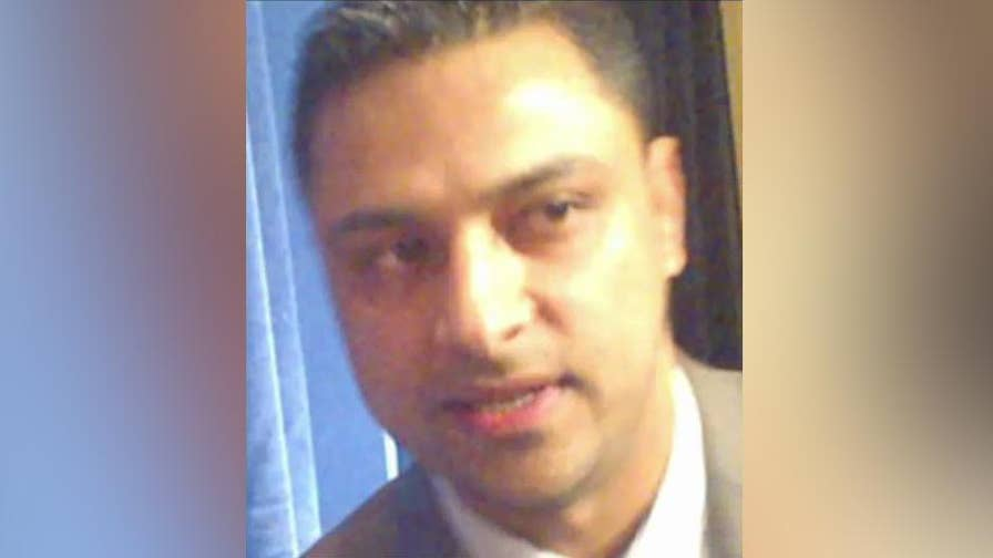 Bizarre case of former IT aide to leading Democrat Debbie Wasserman Schultz takes another odd turn as reports suggest Imran Awan and his wife may be ready to take a plea deal; reaction on 'The Story.'