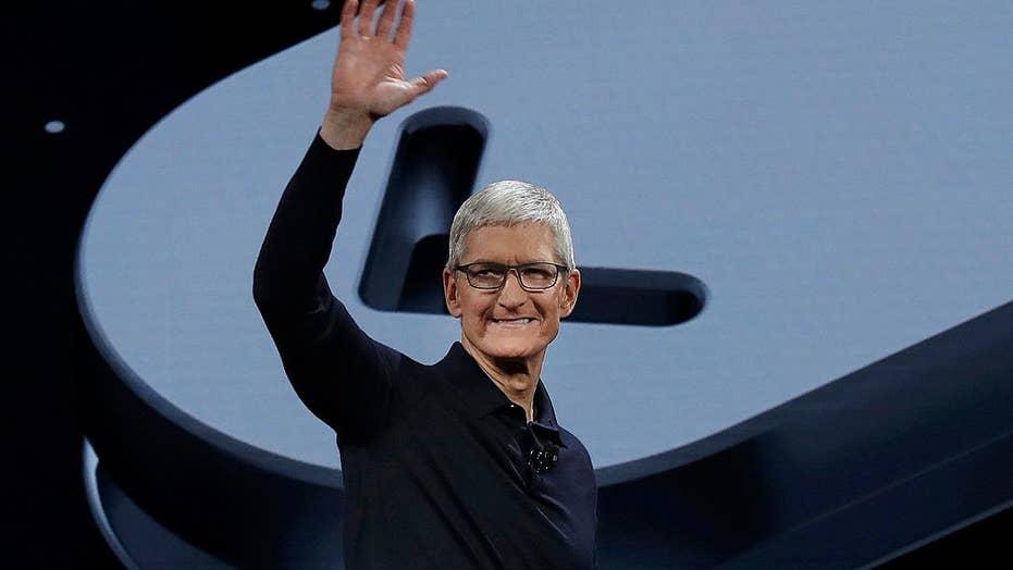 Apple unveils wide range of software updates
