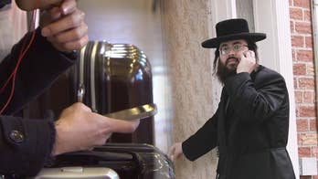 Hasidic leaders sharply limit members' web, smartphone use: 'It's like we're in North Korea鈥�