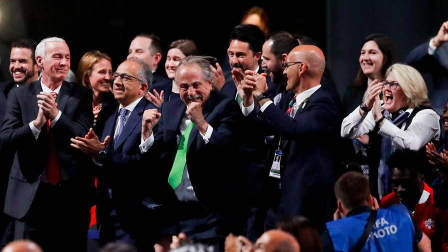 The United States, Mexico and Canada won the combined bid to host soccer's 2026 World Cup, beating out its only challenger, Morocco, by a vote of 134-65.