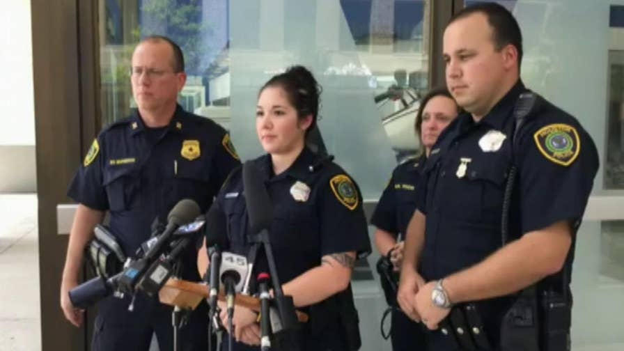 Texas officers hold press conference after man suffers medical emergency at Walmart and has his groceries stolen.