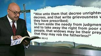Jeff Sessions' defense of border policies undergoes biblical scrutiny; Raymond Arroyo breaks down 'Friday Follies' on 'The Ingraham Angle.'