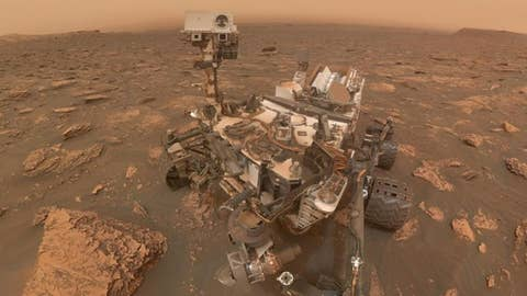 NASA's Curiosity rover takes selfie during dust storm