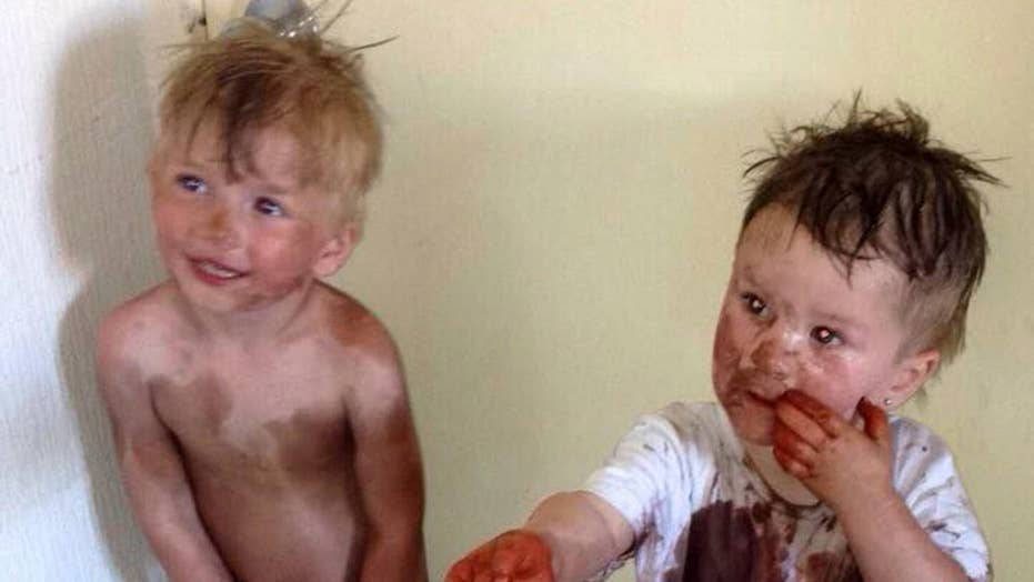 Tots smear themselves in self-tanning lotion