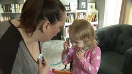 A 3-year-old girl from Warren, Michigan has been praised for thinking after her mother suffered a seizure on Saturday.