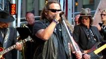Legendary rockers join 'Fox & Friends' on the Plaza.