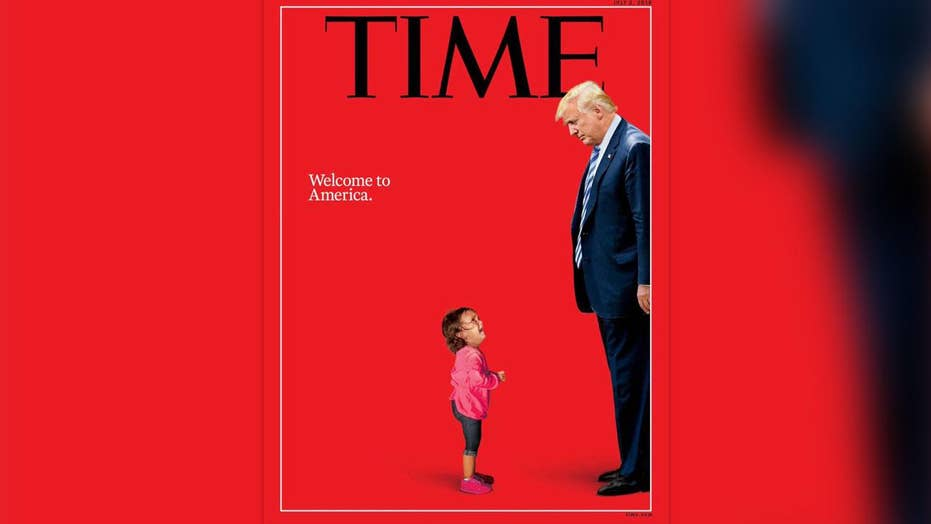 Photo of crying migrant girl was not separated from mother