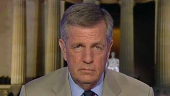 Fox News senior political analyst Brit Hume on the rise of incivility in politics, saying President Trump deserves some blame, but that the Left contributes to the cycle of harsh rhetoric. #Tucker