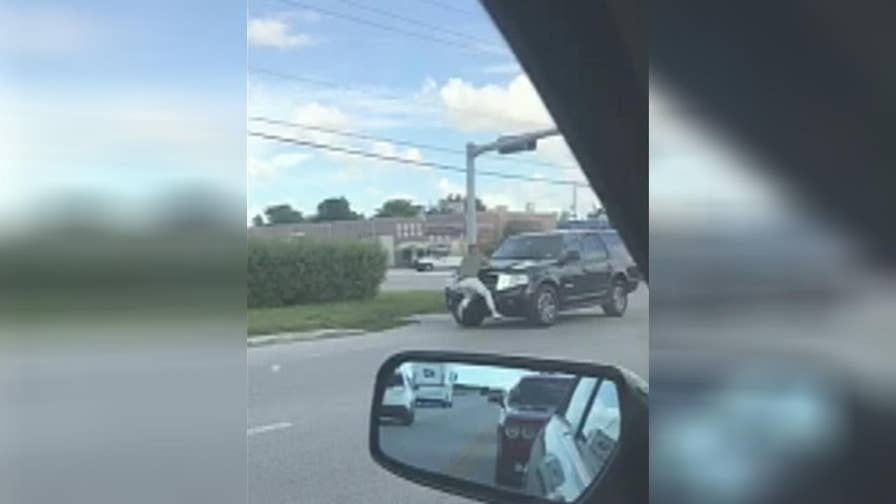 Road rage incident in Florida caught on camera.